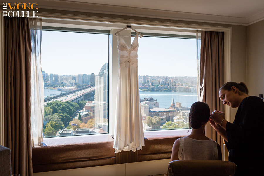 bride getting ready at Shangri-la Hotel Sydney harbour