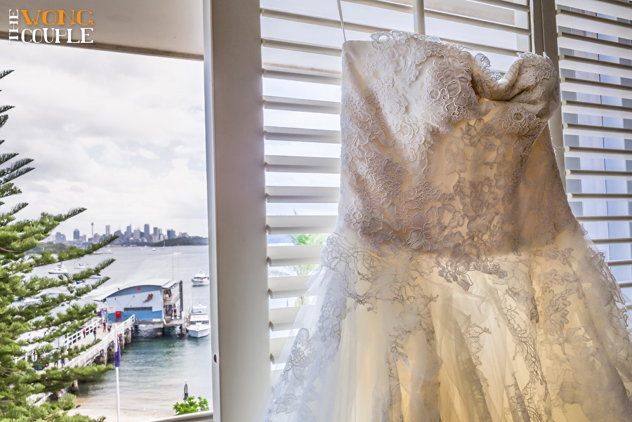 Vera Wang wedding dress, Dunbar House wedding