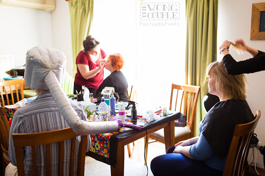 Fun photos of Sydney bridal party getting ready