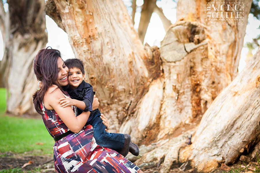 Baby and family photographers at Centennial Park, Sydney