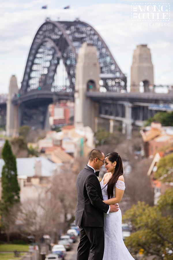 Romantic pre-wedding photos at Observatory Hill, Sydney